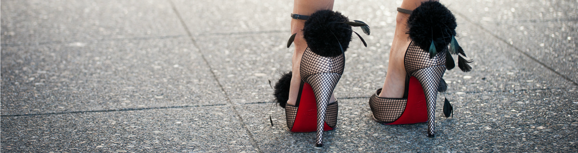 women's high heeled shoes with red soles